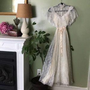 70s lace timeless ethereal boho wedding dress p3